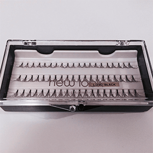 eyelashes plastic boxes