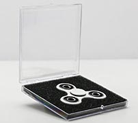 fidget spinner in plastic hinged box