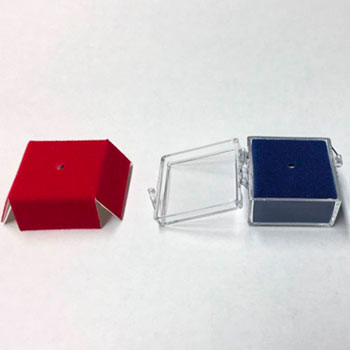 small square hinged plastic boxes
